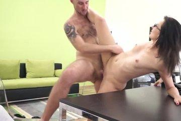 Вызвал секретаршу в свой кабинет и устроил с ней жаркий секс